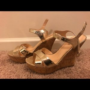 Guess Cork wedges